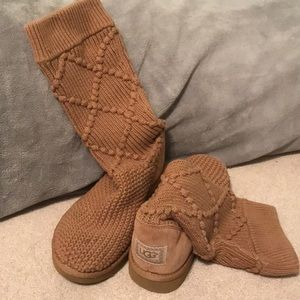 Knitted tan Uggs